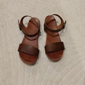 Brown MIA sandals 7.5